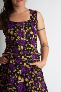 Robe Majorette Purple Roses